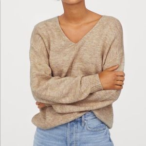 H&M V-Neck Fine-Knit Sweater